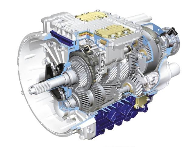 In 2001 the Volvo FH got the I-Shift gearbox. A revolution in transmission. It was a transmission system built exclusively for automatic gear changing, something no one else had done before for trucks