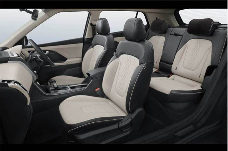 The new Creta's black and beige interior theme is seen not only on the dash, but also on its seats, which are perforated and have a criss-cross, diamond-stitch design that's similar to the ix25.