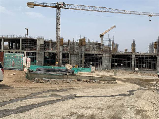 Construction underway at EV powertrain plant in Chakan. It will make key components of an EV powertrain – EV battery, motor, transmission and power electronics. Image: Dr Pawan Goenka/Twitter.