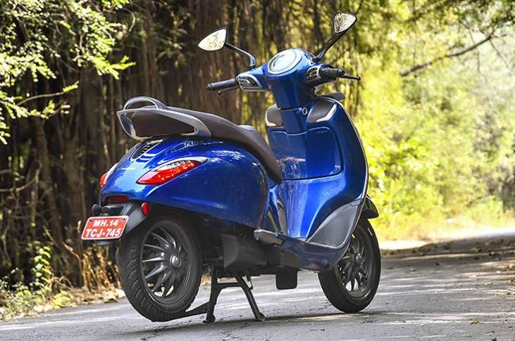 The new Chetak is powered by a 3.8kW/4.1kW (continuous/peak power) electric motor, which sends power to the rear wheel via a unique automated transmission.