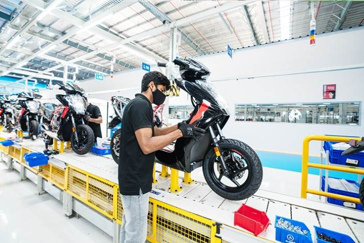 In February 2021, Ather's new plant in Hosur, which has a production capacity of 110,000 e-scooters and 120,000 battery packs per annum, went on stream.
