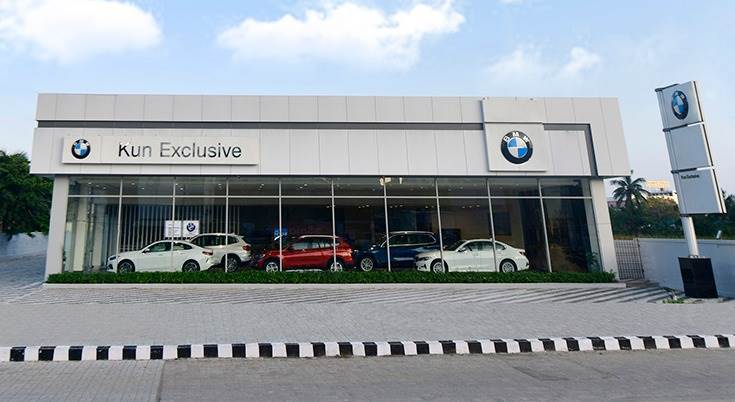 The new facility is spread across 6,500 square feet and comprises a six-car vehicle display area, BMW Lifestyle and Accessories section.