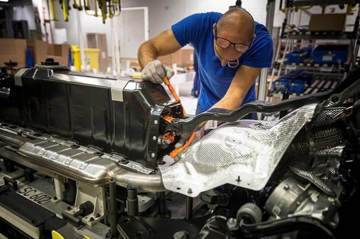 Last year, Volvo announced it would introduce blockchain technology to ensure it could trace the cobalt used in the batteries of future Volvo and Polestar EVs.