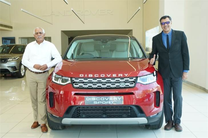 L-R: and Suresh Reddy, Managing Director, Pride Motors and Rohit Suri, President & Managing Director, Jaguar Land Rover India at the inauguration of the new 3S facility in Hyderabad.