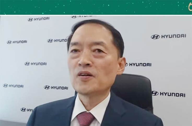 """SS Kim: """"We will adopt an India-specific strategy to build more resilience and focus on advancement of IC powertrain technology and also bring strong focus on zero-emission vehicles."""""""