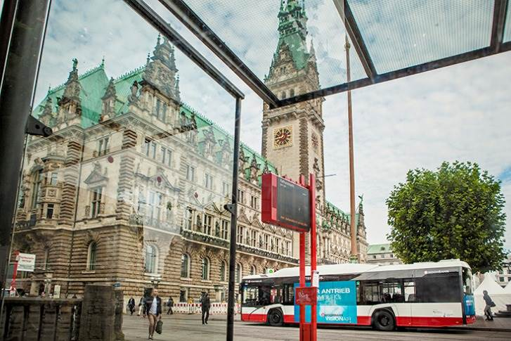 In its bid submitted to Hamburger Hochbahn, Solaris has presented two bus models: the Urbino 12 electric and the Urbino 18 electric.