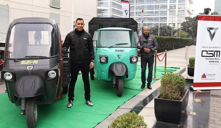 L-R: Uday Narang, chairman, Anglian Omega and Dr. Deb Mukherjee, MD, Omega Seiki Mobility at the unveil the new range of the electric vehicles - Sun Ri (three-wheeler cargo), Ride (E-rickshaw), and Stream (passenger auto-rickshaw).