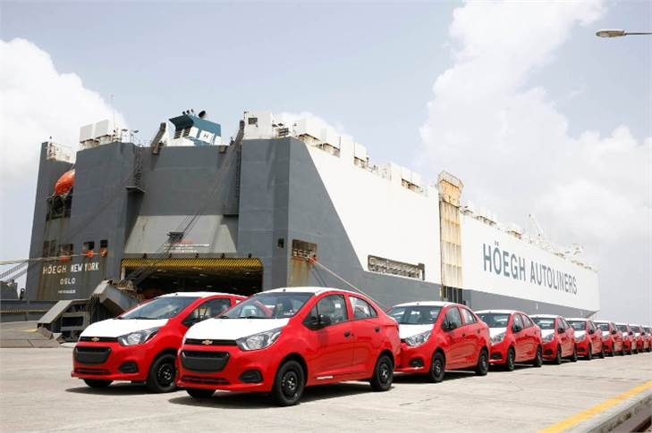 Exports of the made-in-Talegaon Chevolet Beat sedan began in 2017. In FY2018, exports were 83,140 units (17%), 77,330 units in FY2019 (-7) and 54,863 units in April-December 2019 (-3.85%).