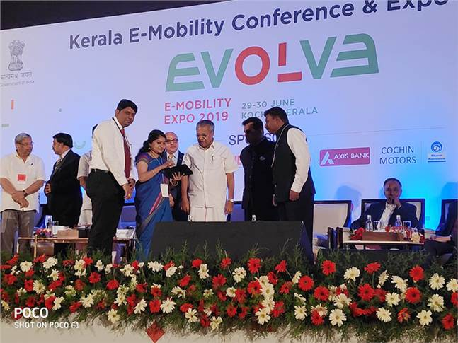 Chief Minister of Kerala Pinarayi Vijayan and NITI Aayog Amitabh Kant at the EVOLVE e-mobility conference in Kochi yesterday.