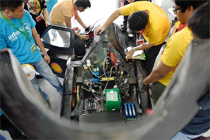 : Team Monash UC, race number 611, from Monash University, Malaysia, Malaysia, competing in the UrbanConcept - Hydrogen category during Day 2.