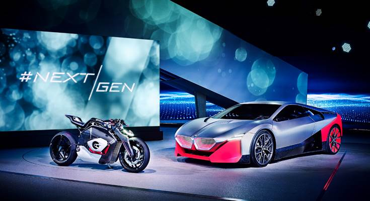 Vision M NEXT (right) a foretaste of BMW M brand's electrified future by placing the focus squarely on the actively engaged driver. BMW Motorrad Vision DC Roadster is Boxer engine