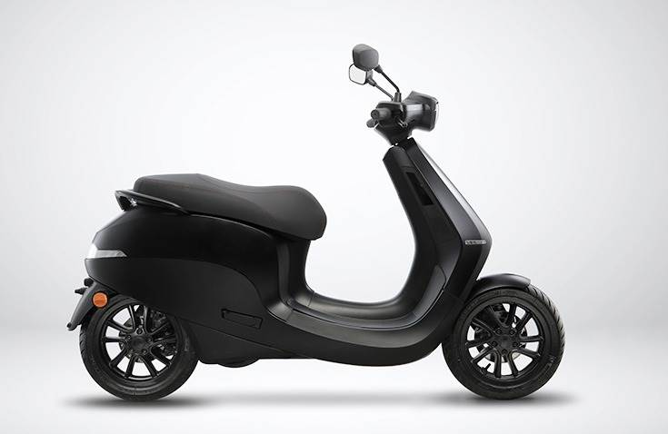 Ola scooter based on the Etergo Appscooter – a Dutch start-up company Ola acquired in 2020. Ola says it has since heavily revised this platform to offer more performance, better range as well as improved tech.
