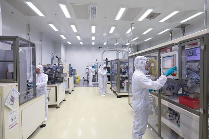 GM China's Battery Lab is exploring a wide variety of battery materials and battery cell designs, with solutions ranging from conventional high-power batteries to visionary solid-state batteries.