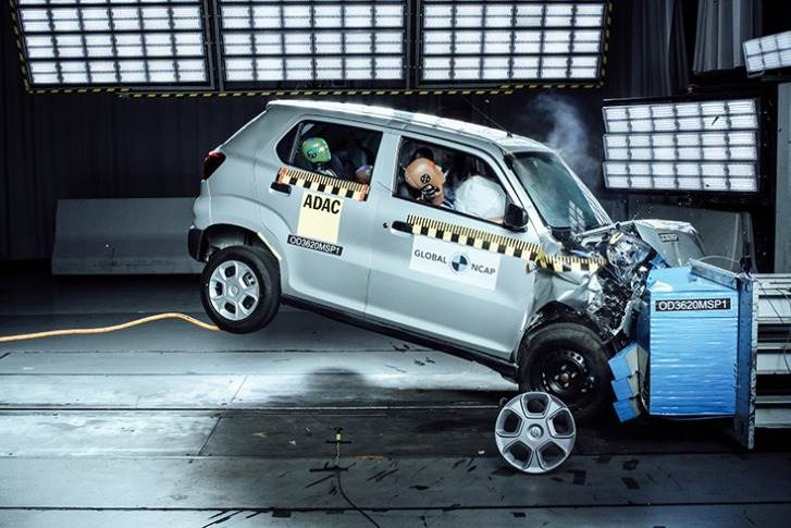 The S-Presso, which offers only a driver airbag as standard, got zero stars for adult occupant protection and two stars for child occupant protection.
