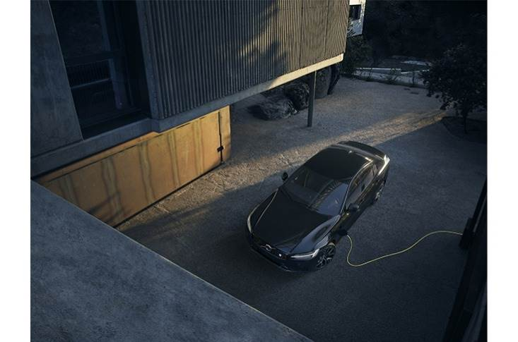 Recharge is the overarching brand name for all chargeable Volvo models with a fully electric or plug-in hybrid powertrain.