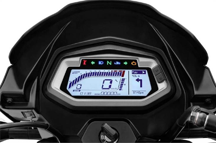 A standout feature in the Xtec is the all-new fully-digital instrument cluster which delivers ample ride-specific information including gear position and fuel consumption data