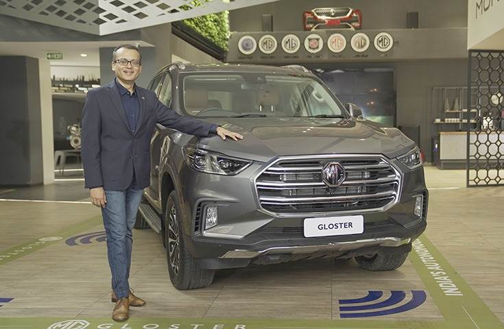 Gaurav Gupta, Chief Commercial Officer, MG Motor India with the MG Gloster Savvy 7-seater variant.