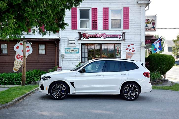 For the X3 M, BMW India has leveraged the government's new import norms which allow up to 2,500 units of CBU or CKD cars to be imported and sold in the country without having to undergo homologation.
