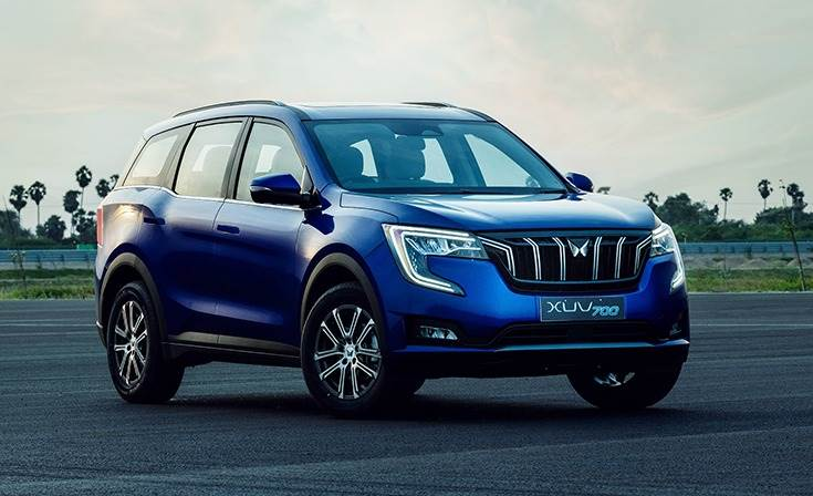 It is learnt that the OEM is targeting average monthly sales of around 2,500 units for the XUV700.