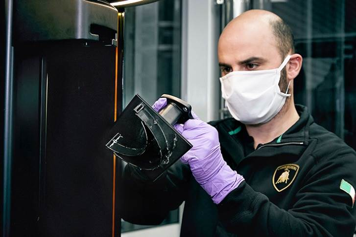 The 3D printed component of the Lamborghini medical shield .