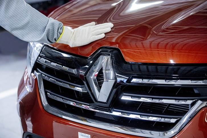 Renault Group aims to make the plants the most competitive and efficient production unit for EVs in Europe, with 400,000 vehicles produced per year by 2025