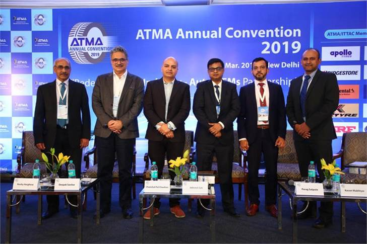 The PV panel discussion had L-R: MRF's Koshy Varghese, Maruti Suzuki's Deepak Sawkar, BTVi's Chanchal Chauhan, Honda's Abhishek Sahi, Bridgestone India's Parag Satpute, and PwC's Kavan Mukhtyar.
