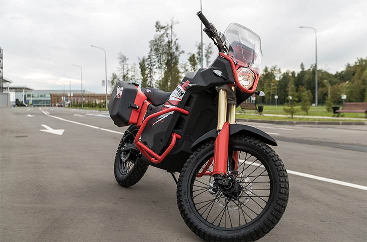 UM-1: claimed top speed of 100kph and range of 150 km