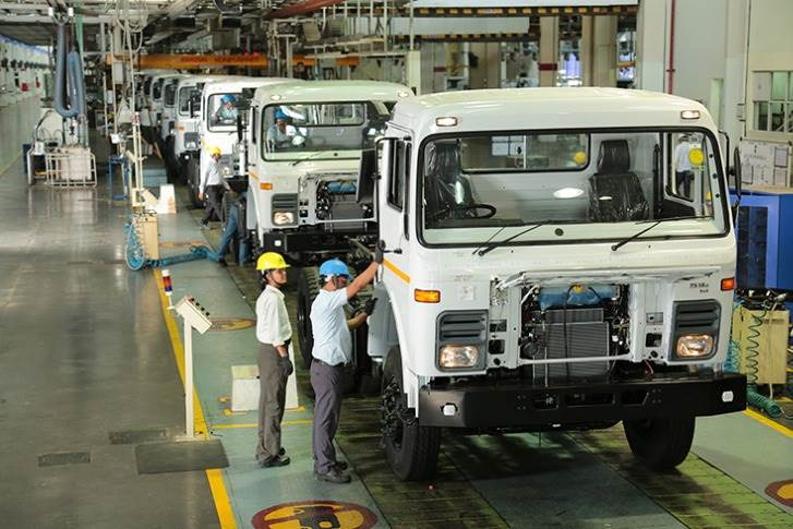 Set up in 1992, the Lucknow plant, which has an estimated production capacity of 640 vehicles per day, rolls out a variety of light commercial vehicles.