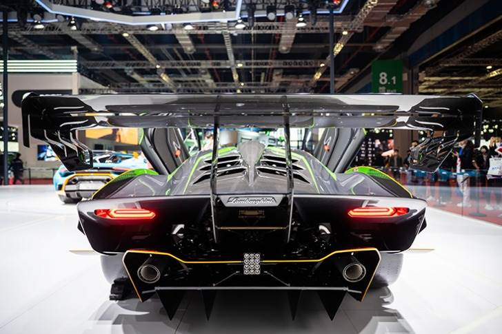 The Huracan STO, a street-homologated super sports car, has had its first appearance in China