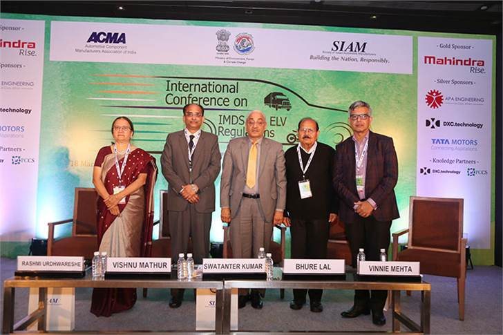 L-R: Mrs Rashmi Urdhwareshe, Director, ARAI; Vishnu Mathur, Director General SIAM; Chief Guest– Hon'ble Justice Swatanter Kumar, Former Chairman, NGT & Former Judge of Supreme Court, Special Guest of