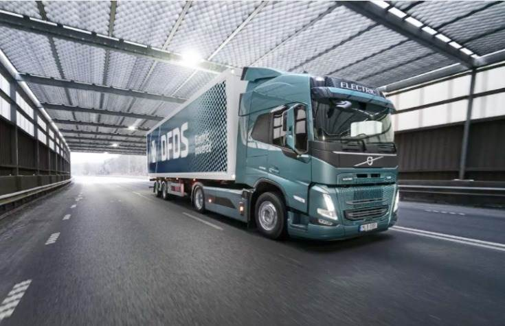 The trucks will be used for both short and long transport in the DFDS logistics system in Europe.