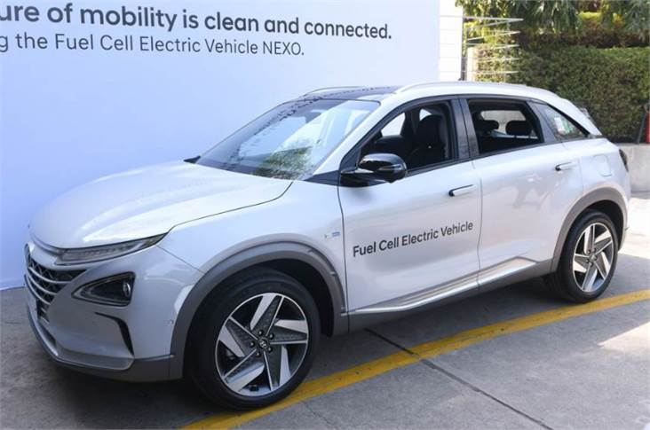 Hyundai Nexo fuel cell electric vehicle has a range of over 609 kilometres and emits clean water vapour and purifies the air while driving.