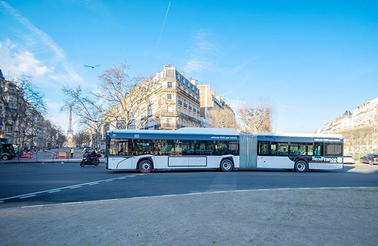 MZA has also ordered 30 articulated Solaris Urbino 18 CNG buses, each with a 135 passenger-carrying capacity.