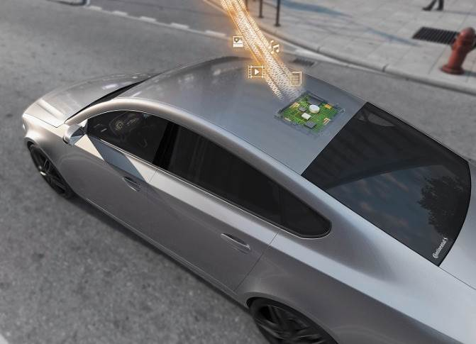Continental supplies two major European vehicle manufacturers with the 5G Hybrid V2X platform consisting of integrated antenna modules and 5G telematics units for smarter and more efficient mobility.