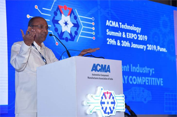 """Anant Geete said, """"While the government is committed to introduce e-mobility in the country, the introduction would be gradual so as not to disrupt the current industry value chain."""""""