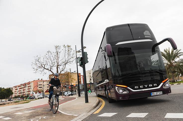 Mercedes-Benz and Setra now offer Sideguard Assist as an option, one of the first turning assistance system for buses and coaches.