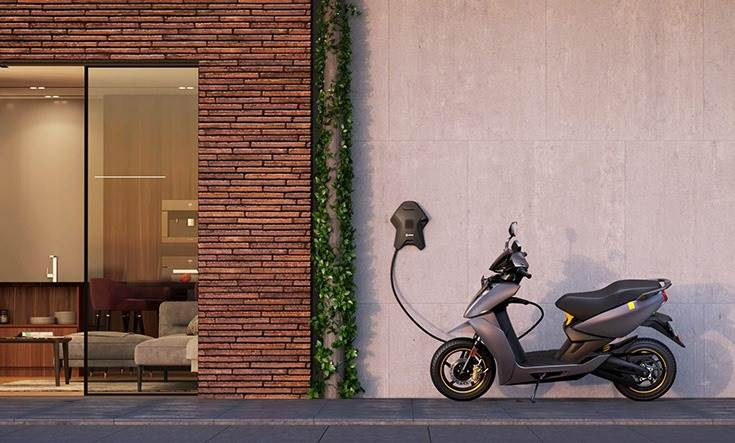 Ather Energy has set ip 128 public fast-charging points across 18 cities in India. These can be used by all e-two- and four-wheelers and are being offered free of charge till the end of September 2021.