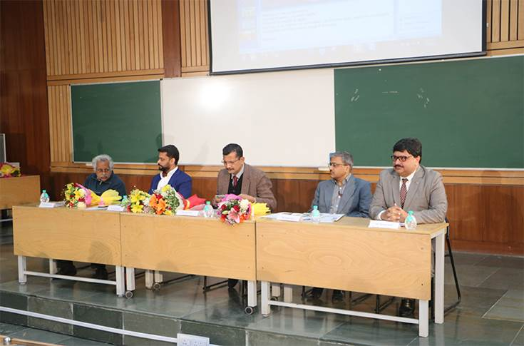 Naveen Soni - vice president - Toyota Kirloskar Motor as one of the jury members at the Hackathon event at IIT Delhi