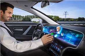 Continental brings the Natural 3D Centerstack Display as a central element of human-machine interaction to the center of the cockpit.