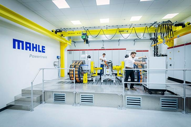 MAHLE Powertrain's test bench facilitates the accurate testing of electric drives, ensuring that electric vehicles are safe and reliable