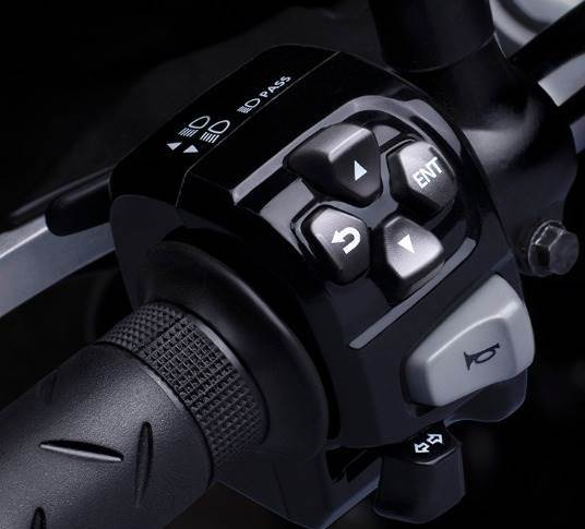 Instrument cluster control switches on the handlebar. Hness CB 350 offers traction control and selectable torque control system as well.