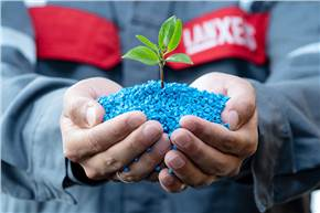 In the newDurethan BLUEBKV60H2.0EF.compound, Lanxess says 92% of the raw materials are replaced by sustainable alternatives.