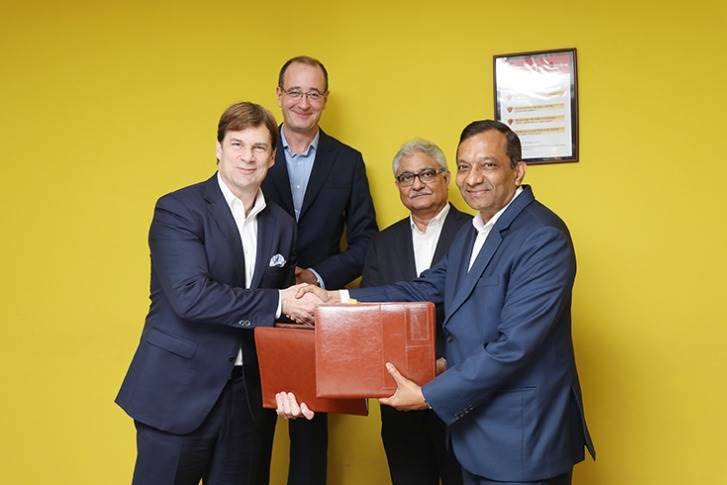 On March 22, 2018, Ford and Mahindra signed MoUs to co-develop midsize and compact SUVs, electric vehicle and connected car solutions. In less than two years, M&M pulled out of the plan.