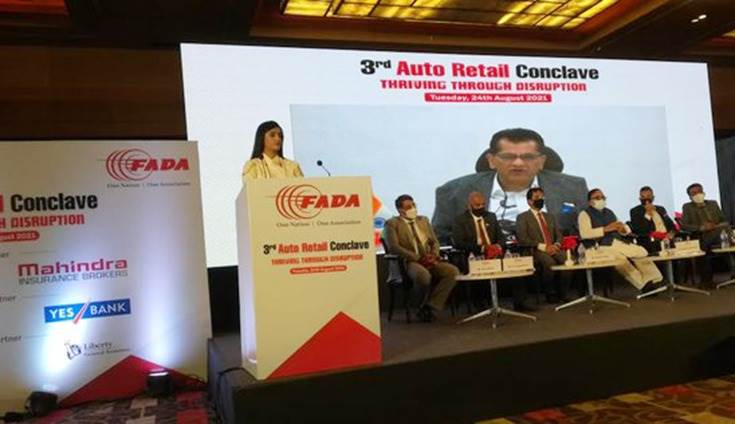 """Amitabh Kant: """"Introduction of scrappage policy will boost the manufacturing and automobile sector and States are at the front seat to drive electric mobility."""""""