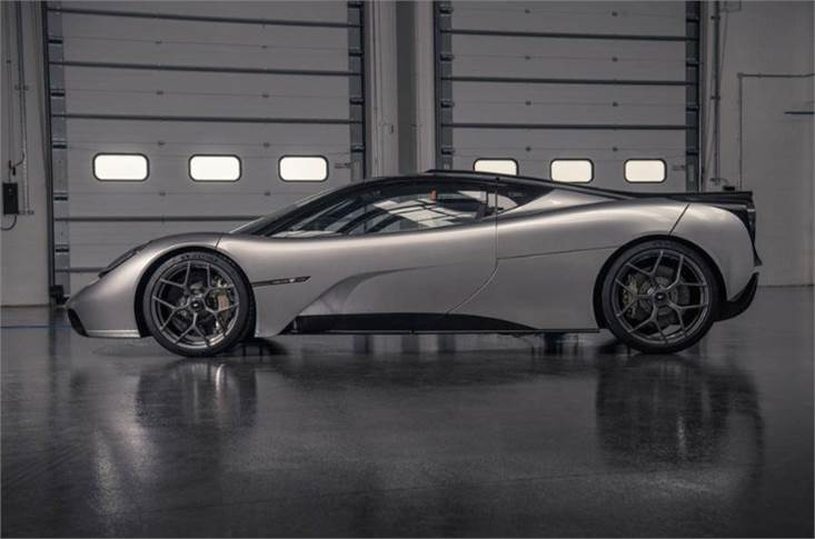 The most dominant characteristics of the T.50 exterior design are its purity and balance, free from the wings, skirts and vents that adorn most modern-day supercars.