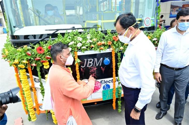 Home Minister of Gujarat Pradipsinh Jadeja at the launch ceremony at the Vastral BRTS Depot in Ahmedabad.