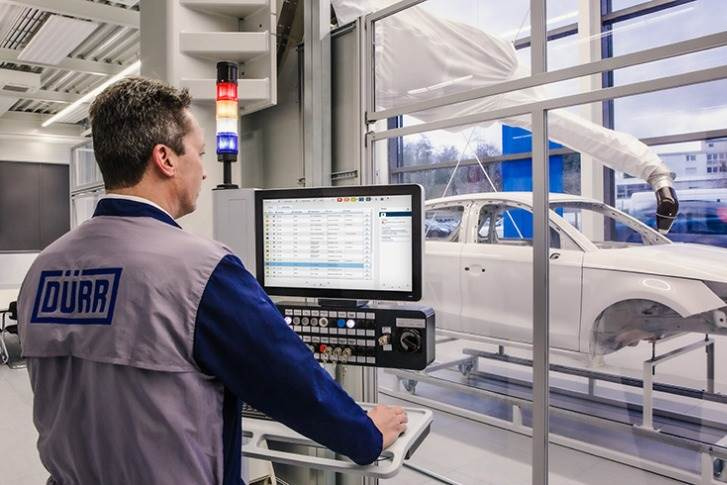 The Durr software reduces plant downtimes through predictive maintenance and repair information.