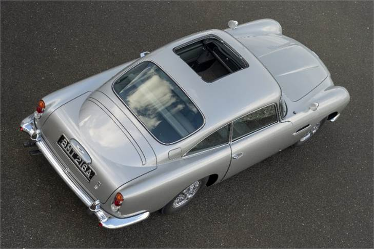 A removable roof panel representing the original DB5's famous ejector seat, albeit one that isn
