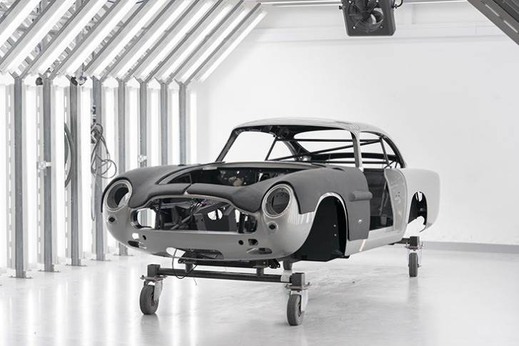First deliveries of the DB5 Goldfinger Continuation to customers will commence in the second half of 2020.