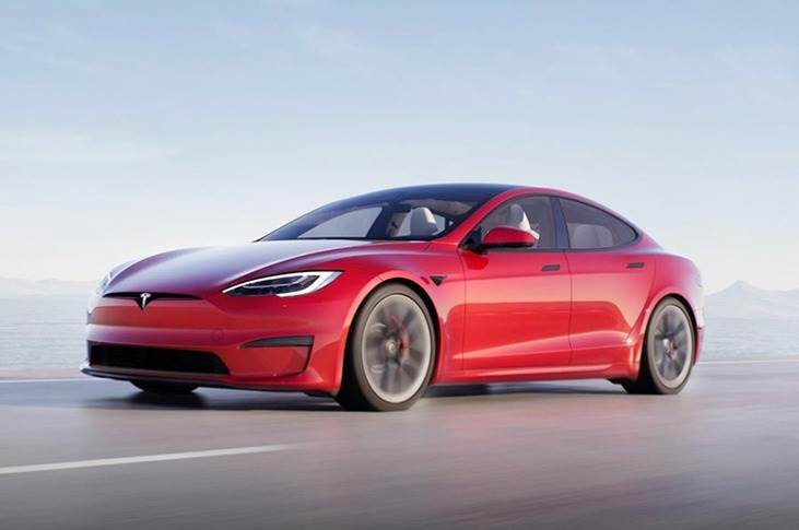 Tesla Model S Plaid has set a new Nordschleife record for EVs – 7:35 minutes for 20.8 kilometres.